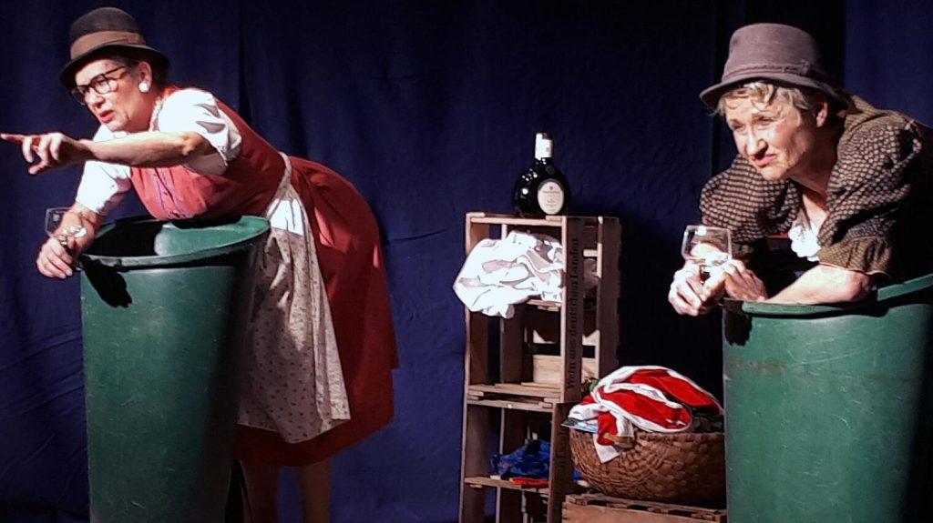 Kabarettduo Inge und Rita kredenzt fränkische Spezialitäten.