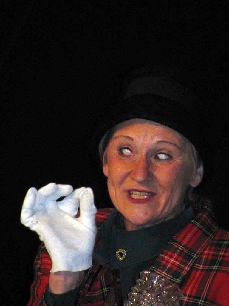 Agatha Christie - A murder is announced 02